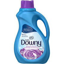 Ultra Downy Spring & Renewal with Silk Touch Liquid Fabric Softener
