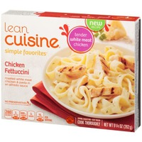 Lean Cuisine Favorites Roasted white meat chicken & pasta in an Alfredo sauce. Chicken Fettuccini
