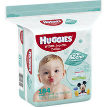 HUGGIES Naturally Refreshing Wipes
