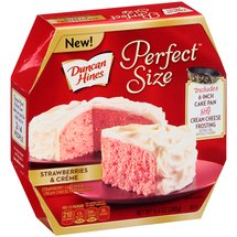 Duncan Hines Perfect Size Strawberries & Creme Cake Mix & Cream Cheese Frosting Mix