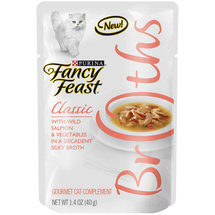 Purina Fancy Feast Broths Classic with Wild Salmon and Vegetables Cat Food Pouch