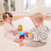 Infantino Squeeze & Stack Block Set