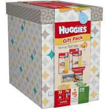 HUGGIES Little Snugglers Gift Set