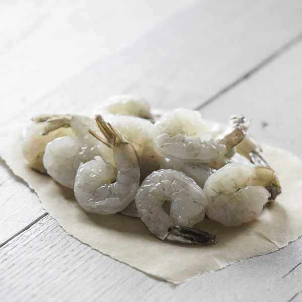 Peeled and Deveined Raw White Shrimps 26/30, Farm Raised