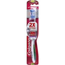 Colgate 360 Optic White Platinum Toothbrush Medium