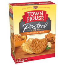 Keebler Town House Parmesan Herb Pretzel Thins Oven Baked Crackers