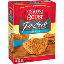 Keebler Town House Sea Salt Pretzel Thins Oven Baked Crackers