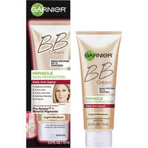 Garnier Skin Renew Miracle Skin Perfector Anti-Aging BB Cream Light/Medium