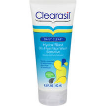 Clearasil Daily Clear Hydra-Blast Oil-Free Sensitive Face Wash