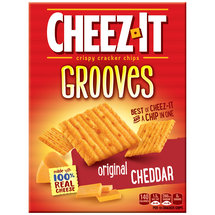 Cheez-It Grooves Original Cheddar Crispy Cracker Chips