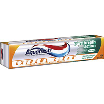 Aquafresh Extreme Clean Pure Breath Action Fresh Mint Toothpaste