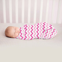 Summer Infant SwaddleMe Muslin Blanket Pink Chevron