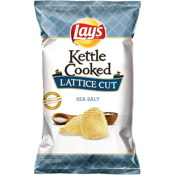 Lay's Kettle Cooked Lattice Cut Sea Salt Potato Chips