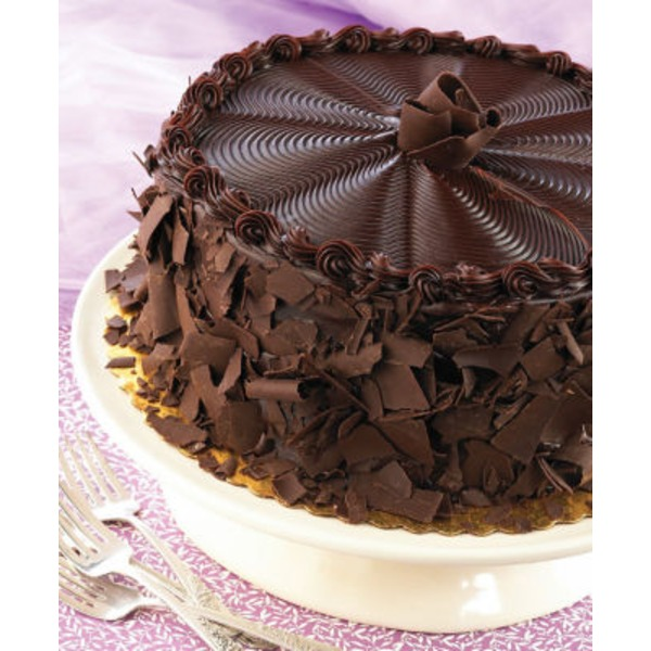 H-E-B Chocolate Cake With Fudge Icing And Shavings
