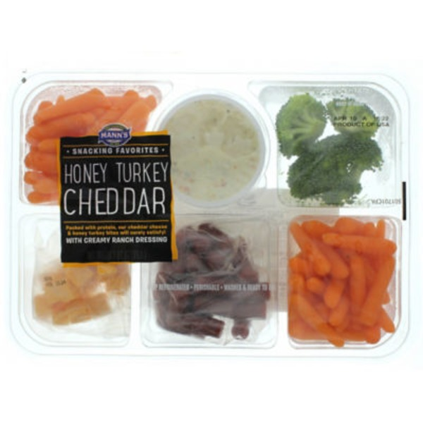 Mann's Snacking Favorites Honey Turkey Cheddar Tray