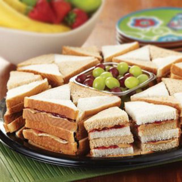 H-E-B Peanut Butter And Jelly Finger Sandwich Tray