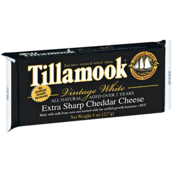 Tillamook Vintage Extra Sharp White Cheddar Cheese