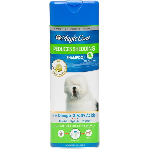 Four Paws Magic Coat Reduces Shedding Dog Shampoo 16 Fl. Oz.