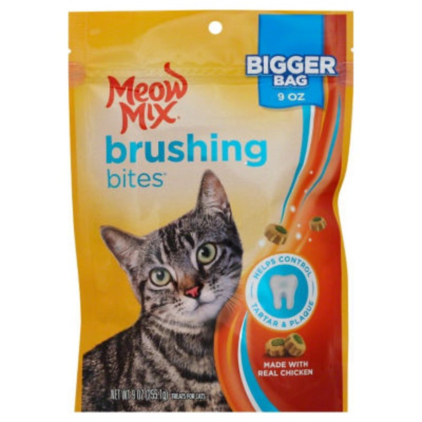 Meow Mix Chicken Brushing Bites Cat Treats