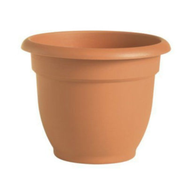 Fiskars Ariana 20 Inch Plastic Planter Clay Color