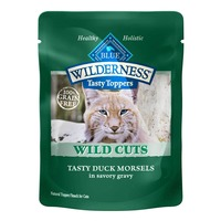 Blue Buffalo Topper/Snack for Cats, Natural, Wild Cuts, Tasty Duck Morsels in Savory Gravy