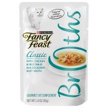 Purina Fancy Feast Broths Classic Chicken & Vegetables Gourmet Cat Complement 1.4 oz. Pouch