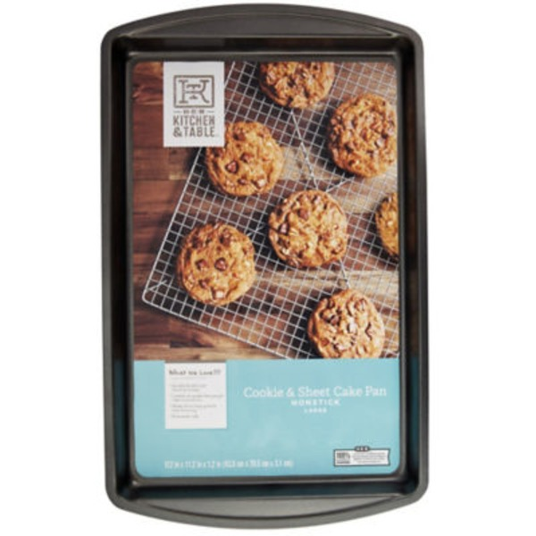 H-E-B Kitchen & Table Large Cookie And Sheet Cake Pan