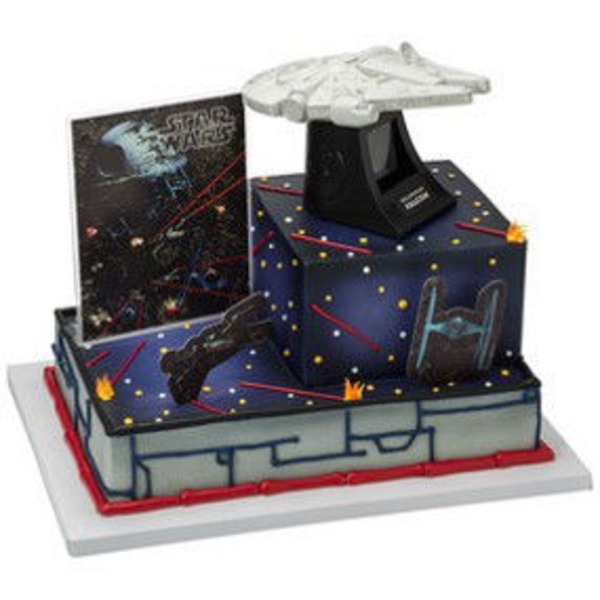 Star Wars The Milennium Falcon Cake