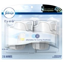 Febreze PLUG Air Freshener Warmers (2 Count)