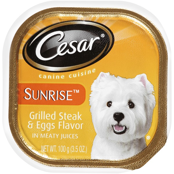 Cesar Sunrise Grilled Steak & Eggs Flavor in Meaty Juices Wet Dog Food