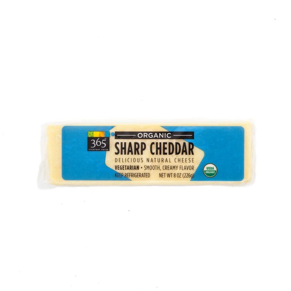 365 Organic Sharp Cheddar Cheese