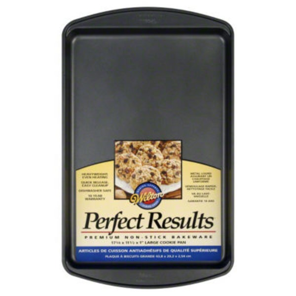 Wilton Perfect Results Non Stick Large Cookie Pan