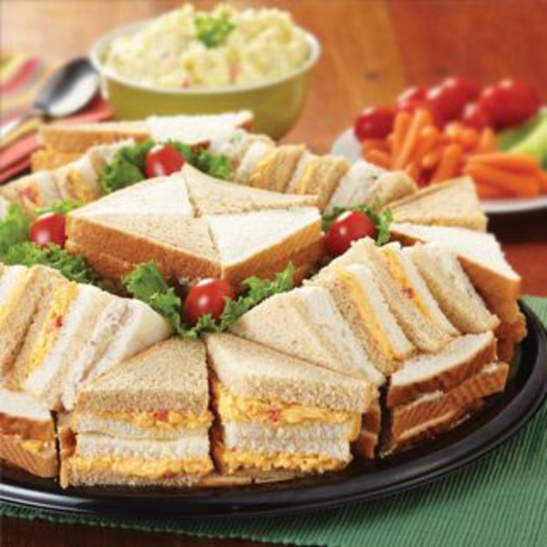 H-E-B Medium Salad Party Finger Sandwich Tray