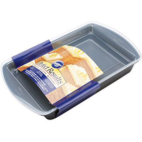 Wilton Perfect Results 13x9 Oblong Cake Pan With Cover