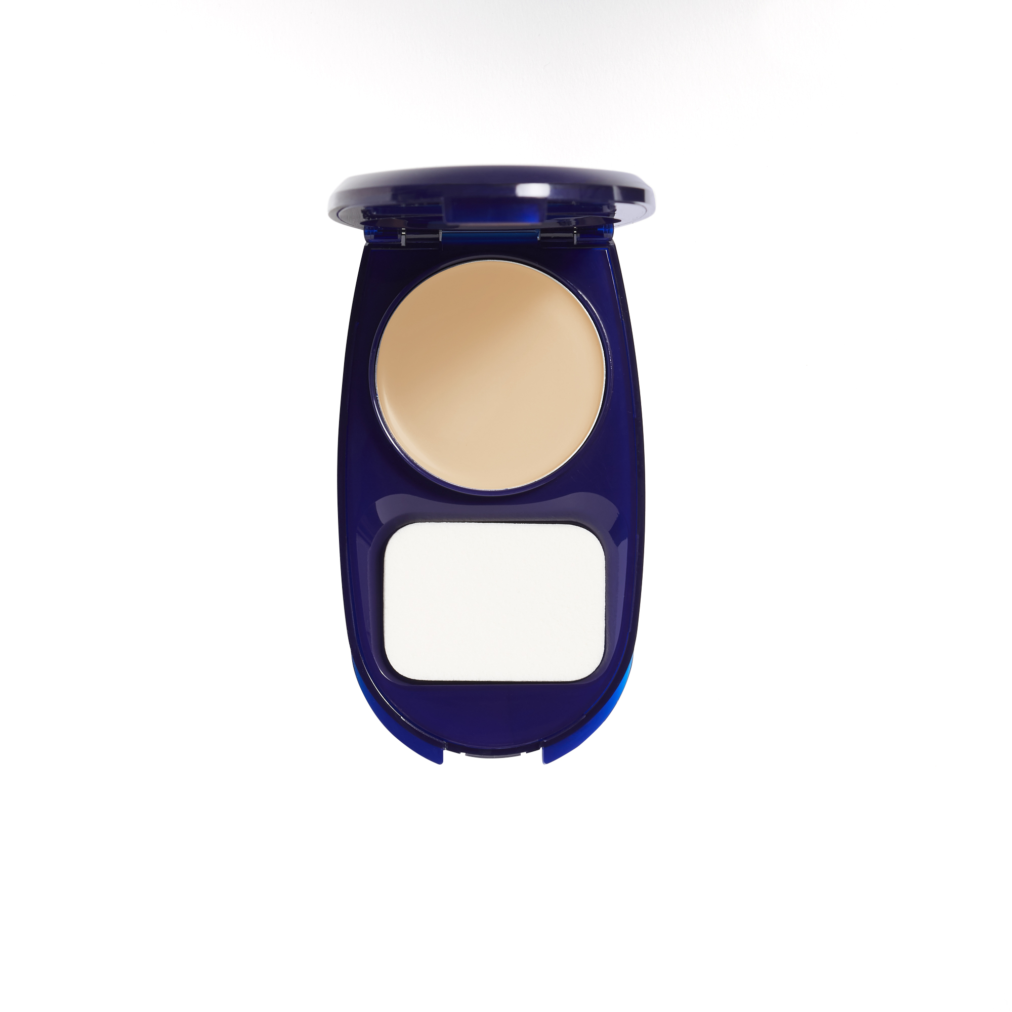 COVERGIRL Smoothers AquaSmooth Makeup Foundation, 710 Classic Ivory
