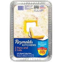 Reynolds Disposable Bakeware 1/4 Sheet Cake with Parchment & Lids -2ct