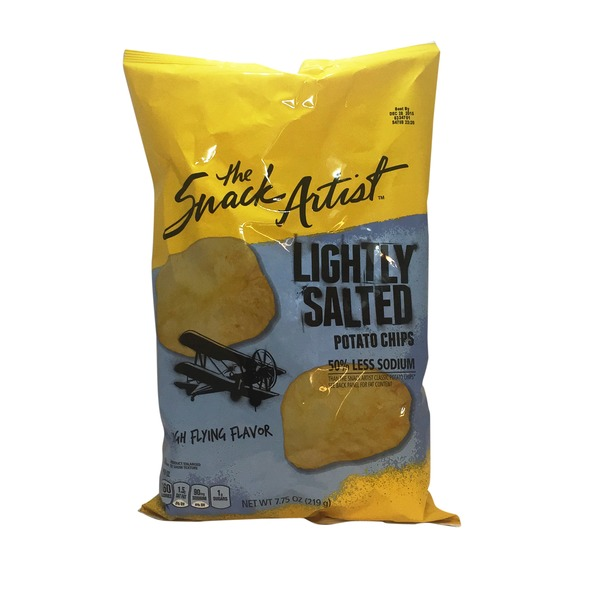 Signature Select Lightly Salted Potato Chips