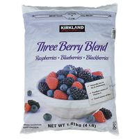 Kirkland Signature Nature's Three Berry Blend, 4 lb